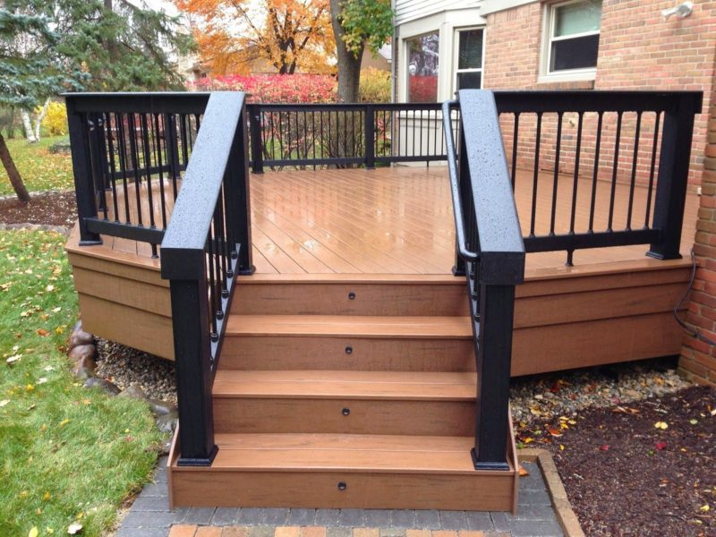small deck layout ideas