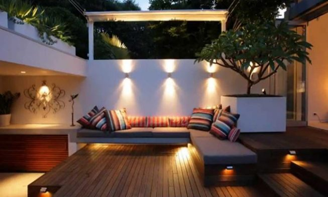 Home / 27+ Most Creative Small Deck Ideas, Making Yours Like Never Before!  / Small Beck Deck