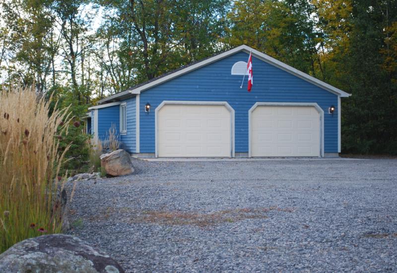detached garage plans with side porch