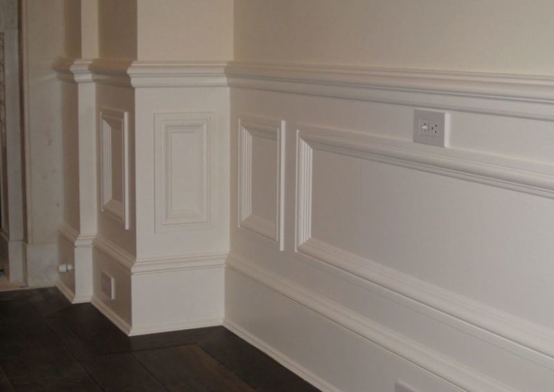 wainscoting ideas for small bathrooms
