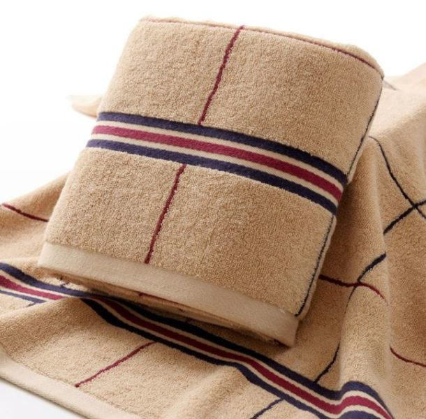 what's bigger bath towel or bath sheet