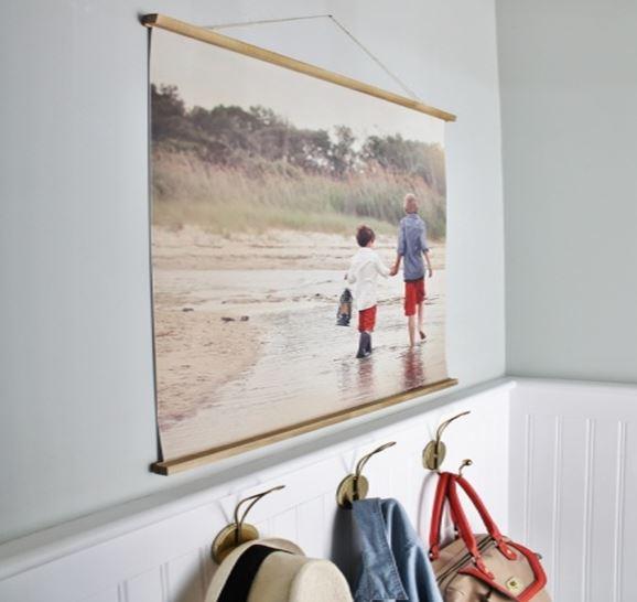 Wall hanging frame