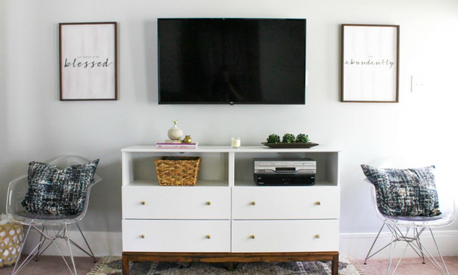 11+ Mind-Blowing DIY TV Stand Ideas for Any Room - GRIP ELEMENTS
